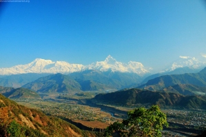 6 Annapurna & fish's tail range from Sarangkot www.travelblog.org
