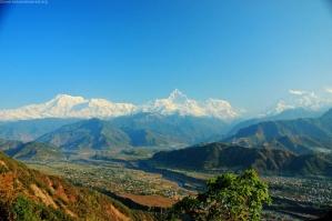 6 Annapurna & fish's tail range from Sarangkot www.travelblog.org