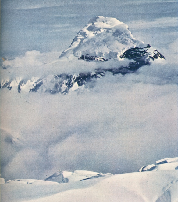 Nilgiri Parbat, photo by Frank Smythe